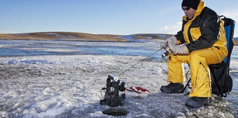 ловити рибу взимку