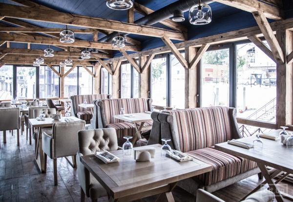 Ресторан Хуторок на Днепре в Киеве