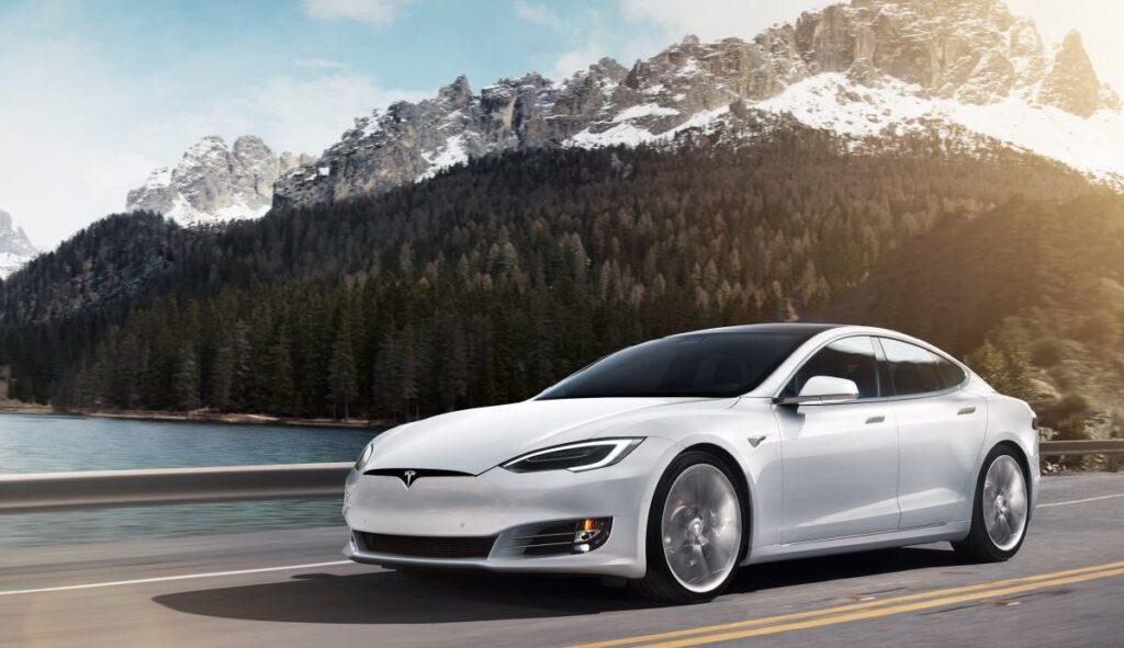 Ілон Маск: успіхи Тесла, Solar City та SpaceX (частина 3)